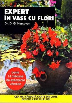 expert-in-vase-cu-flori